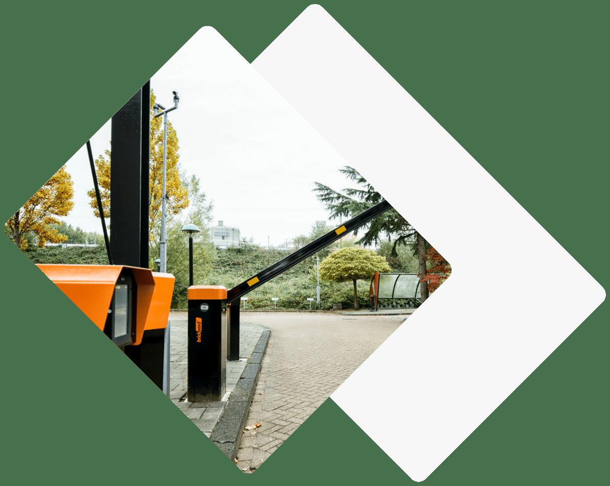parkeersysteem met slagboom open