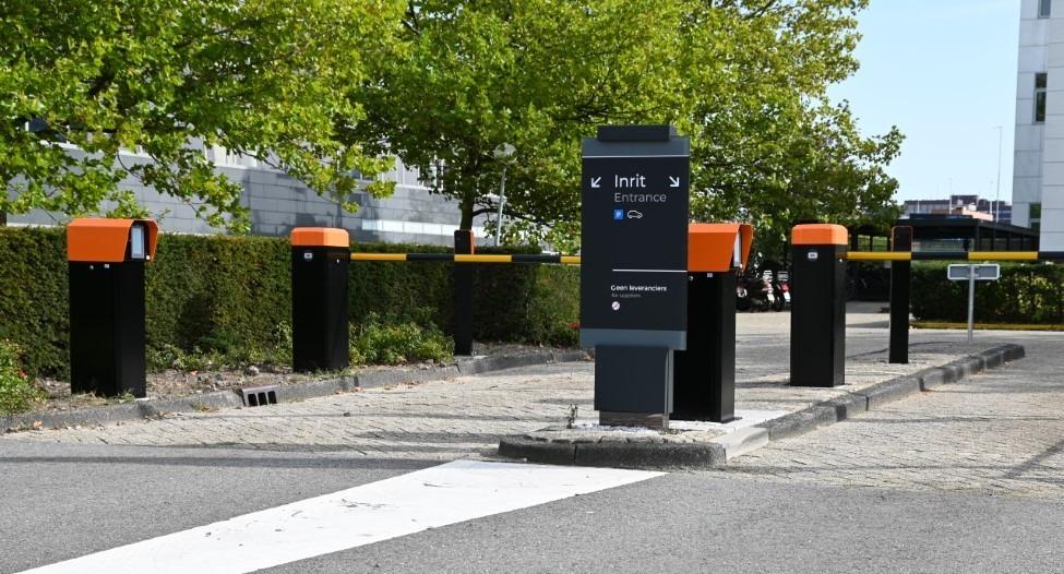 parkeersysteem / parkeersystemen bedrijfsverzamelgebouw